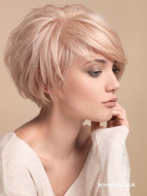40 Best Short Hairstyles for Fine Hair 2018: Short Haircuts for ...