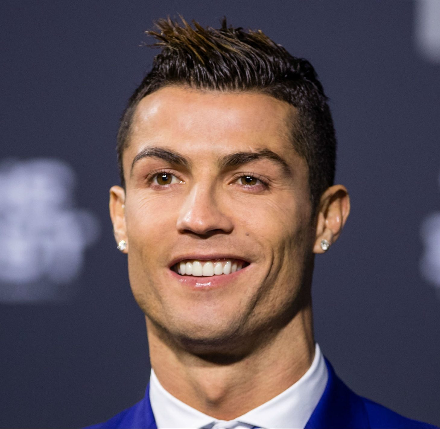 Pictures Of Ronaldo Hairstyle 2018 Rock Cafe