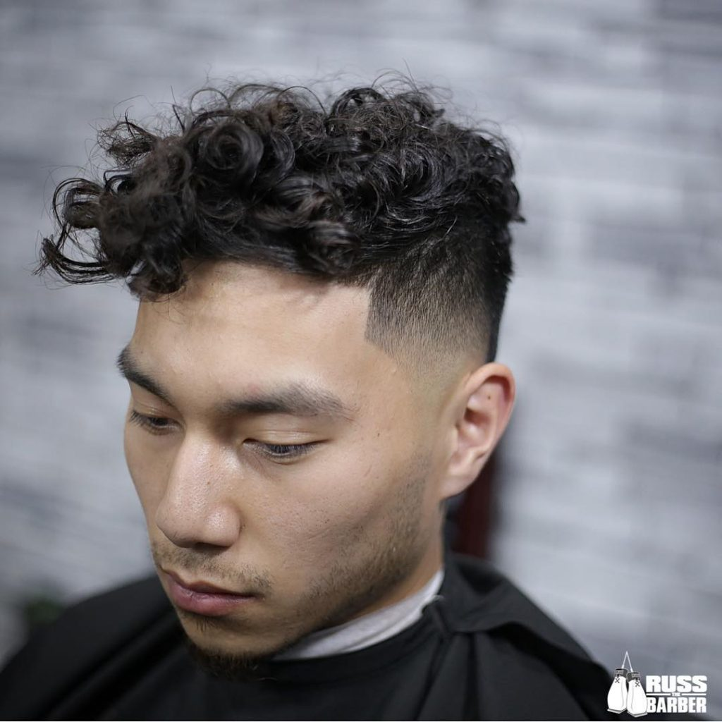 Short Curly Hairstyles For Men 2018 16
