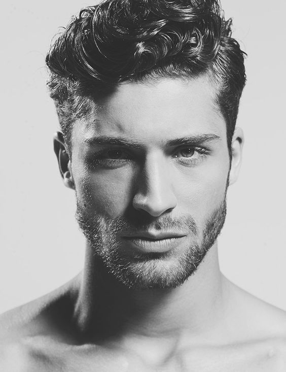 Short Curly Hairstyles For Men 2018 27