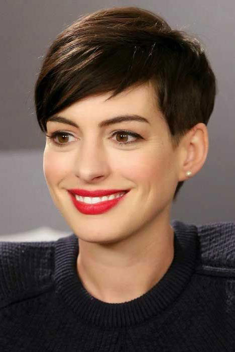 Short Haircuts For Oval Faces 20