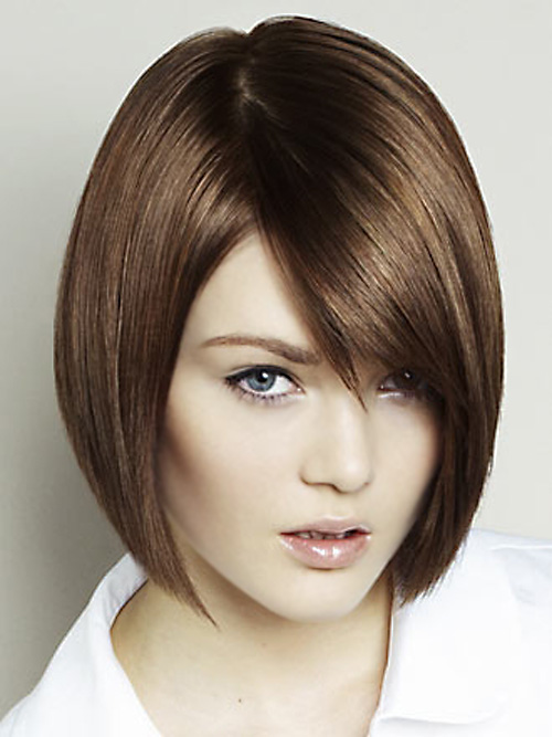 Short Haircuts For Oval Faces 25
