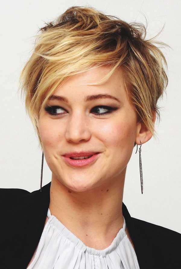 Short Haircuts For Oval Faces 9