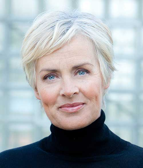 Short Haircuts For Older Women 2018 1
