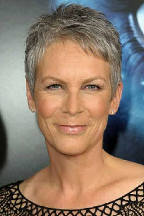 Short Haircuts For Older Women 2018 21