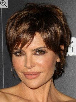 Short Haircuts For Older Women 2018 22