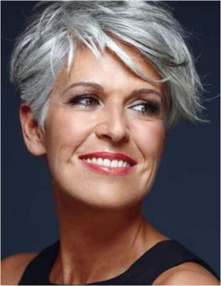 Short Haircuts For Older Women 2018 25