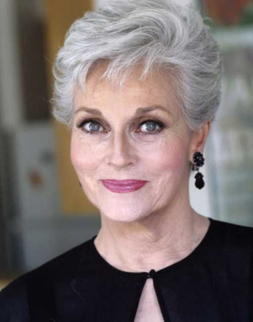 Short Haircuts For Older Women 2018 7