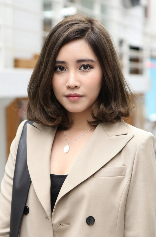Short Hairstyle For Asian Girl 17