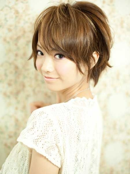 Short Hairstyle For Asian Girl 24