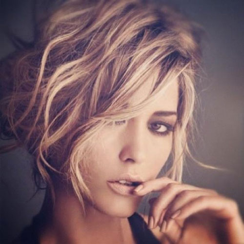 Short Hairstyles For Oval Faces 2018 13