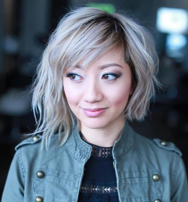 Short Hairstyles For Round Faces 21