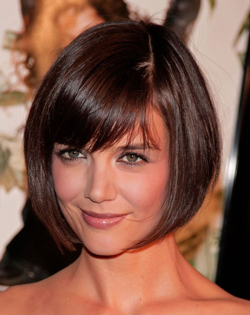 Short Hairstyles For Round Faces 30