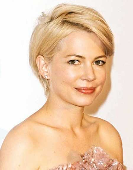 Short Hairstyles For Round Faces 5