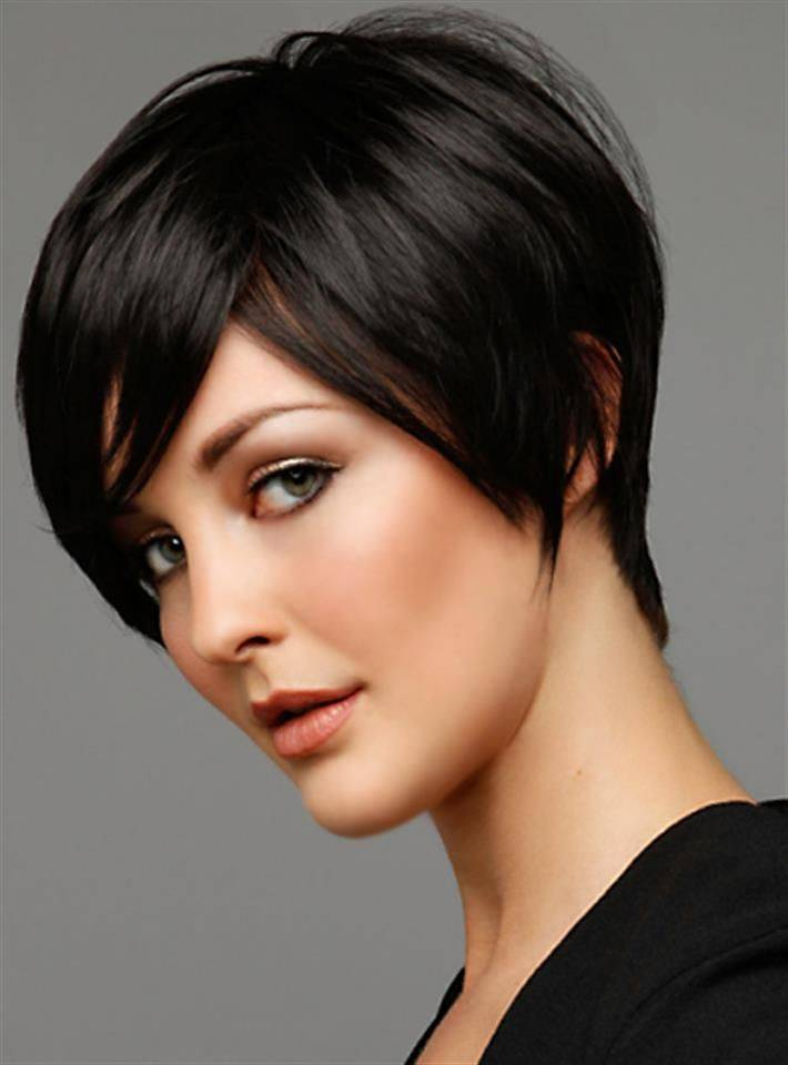 Short Hairstyles For Thick Hair 2018 16