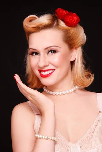 Vintage Hairstyles For Short Hair 22