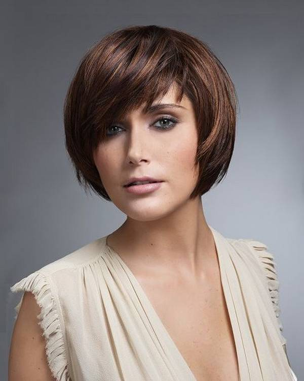 Short Haircuts For Round Face Shape 20