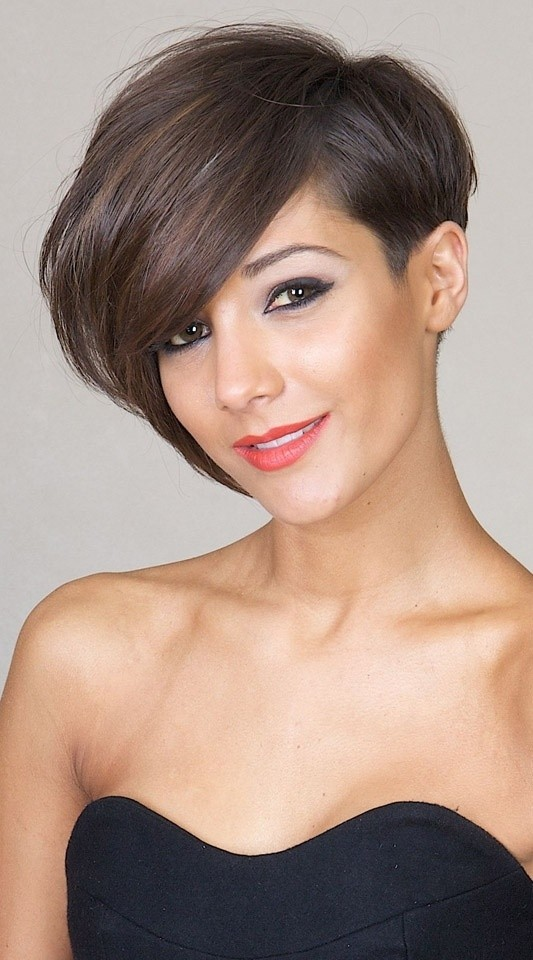 Short Side Haircut Female 2