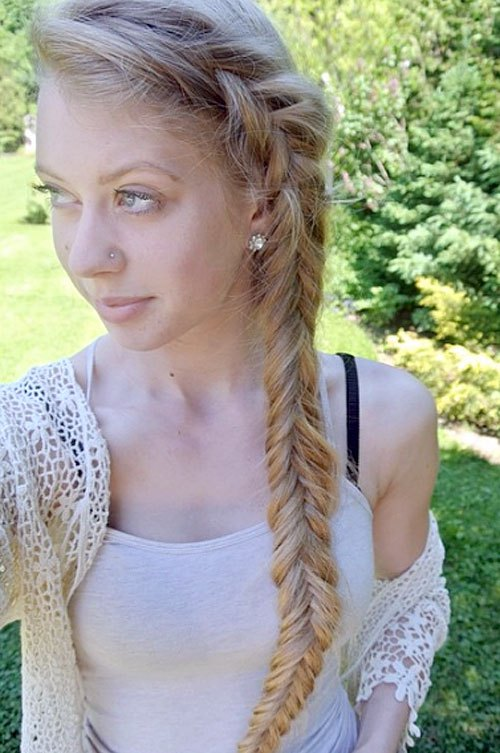 10 Side Braided Hairstyle