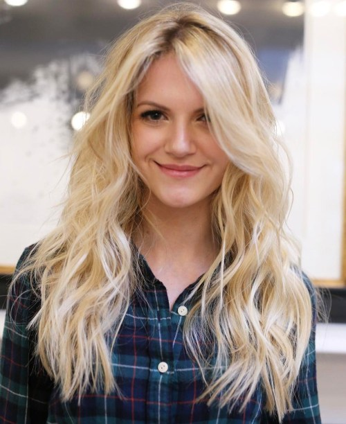 11 Long Light Blonde Hair With Darkened Roots