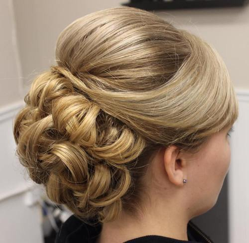 15 Formal Updo With A Bouffant