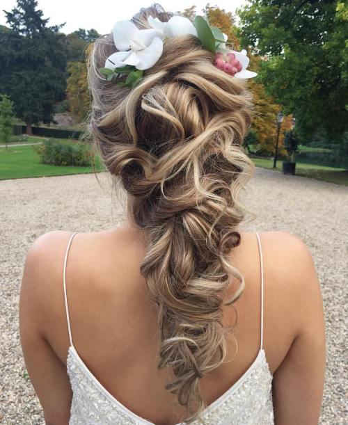 17 Bridal Curly Downdo