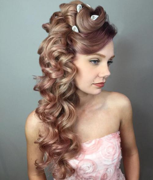 18 Side Curly Hairstyle For Long Hair