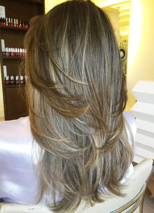 20 Layered Haircut With Subtle Highlights