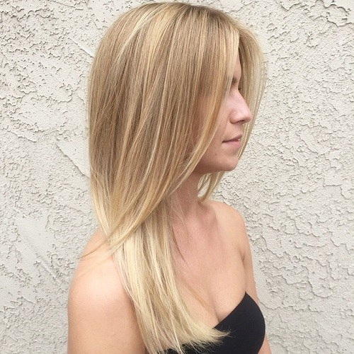 20 Straight Layered Blonde Hairstyle