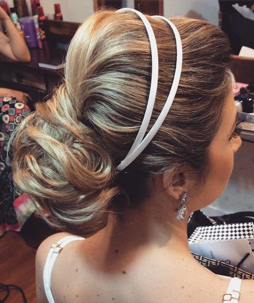 5 Wedding Bouffant Updo For Long Hair