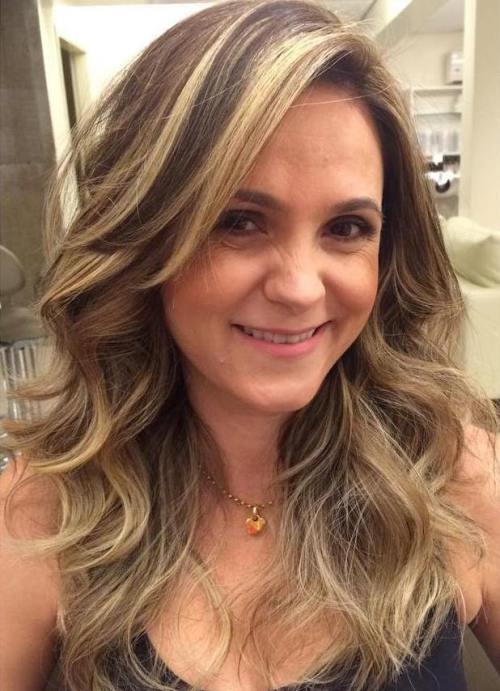 7 Brown Curly Hair With Blonde Balayage