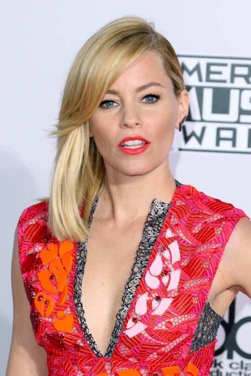 7 Innocence And Passion From Elizabeth Banks