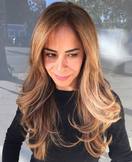 7 Long Layered Hairstyle With Extra Large Waves