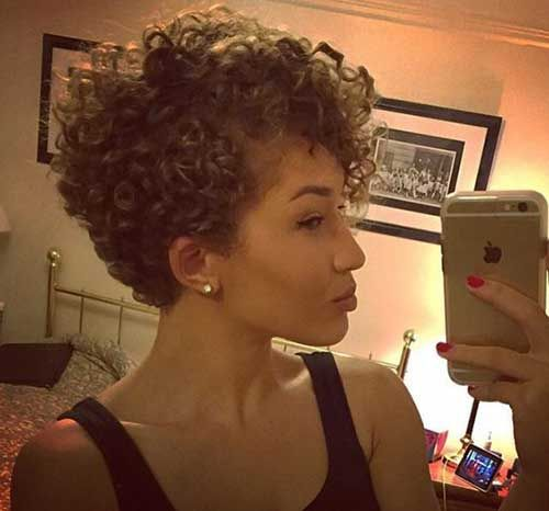 Curly Pixie Cut 28 Hairstyles Fashion And Clothing