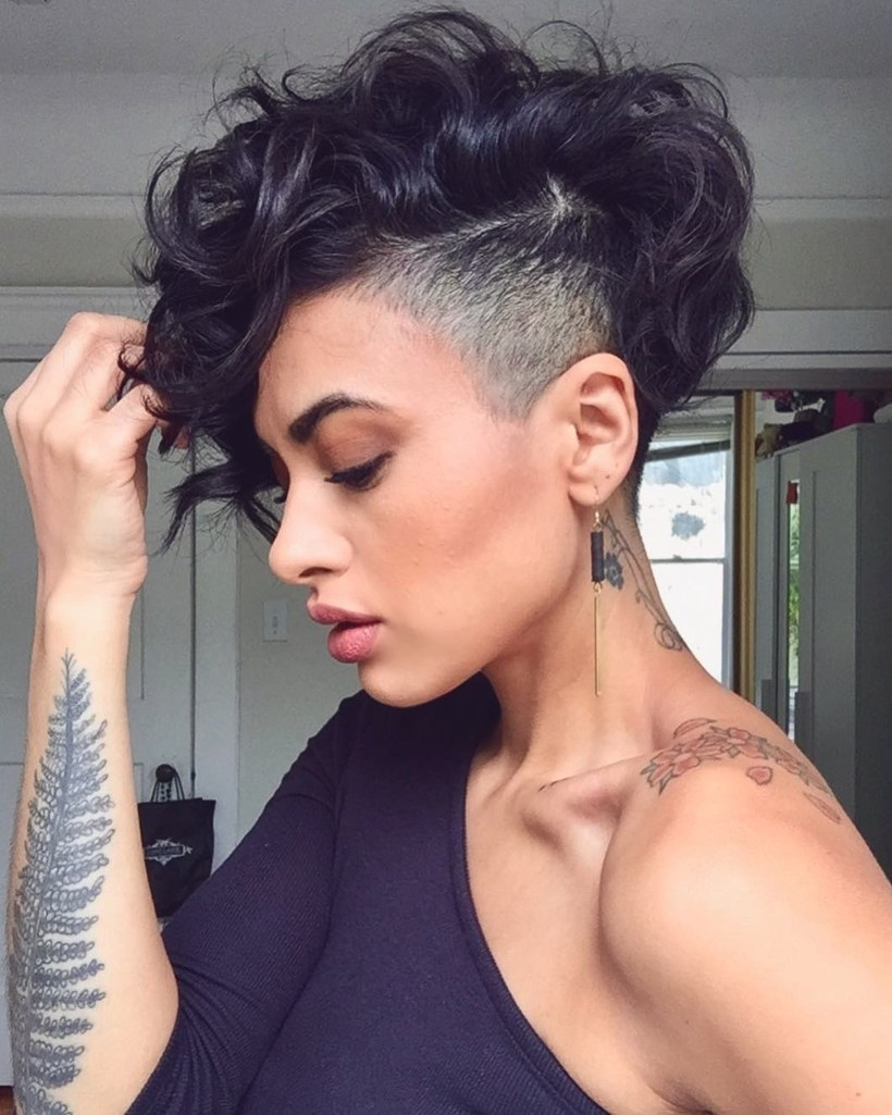 Curly Pixie Cuts 2018 9