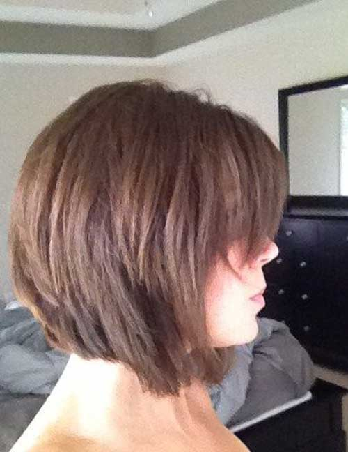 10.Layered Short Hair