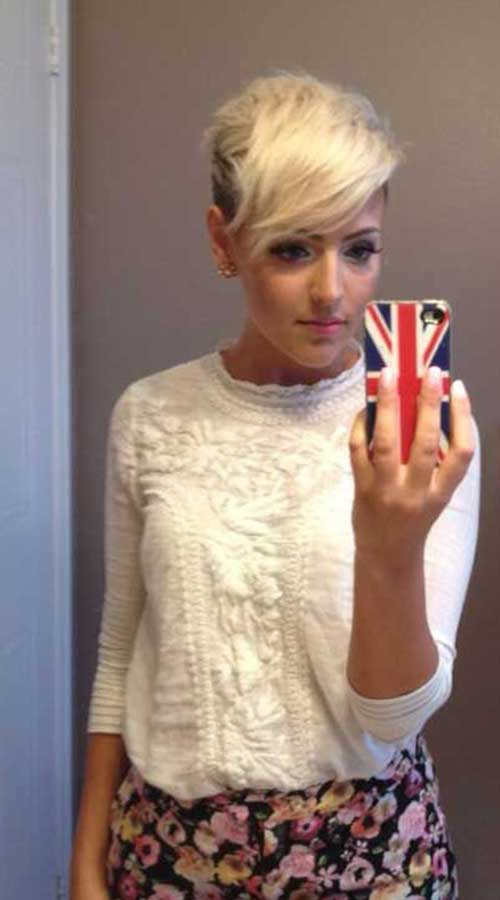 12.Pixie Hairstyle