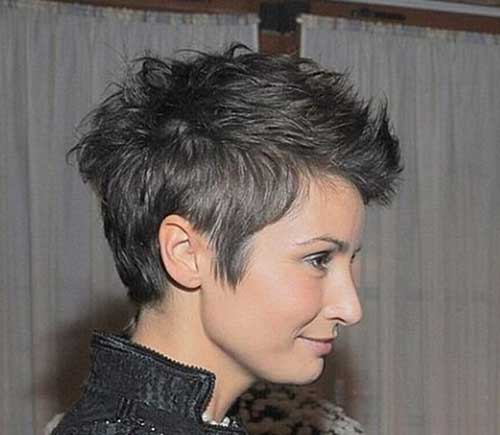 18. Womens Short Haircut