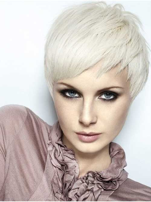 19. Layered Short Hairstyles