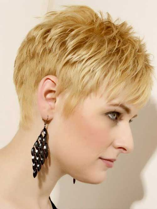 20. Layered Short Hairstyles