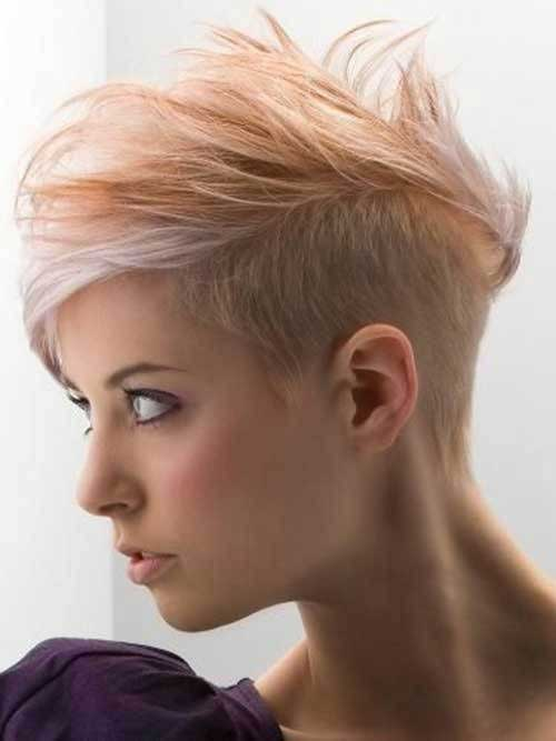24.Pixie Hairstyle