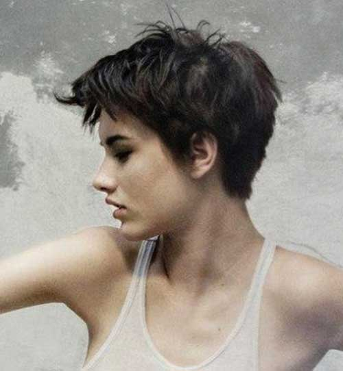 25. Womens Short Haircut