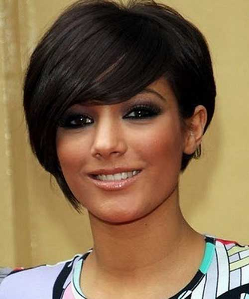 7. Short Haircut For Round Faces