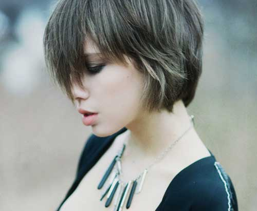 9. Layered Short Hairstyles