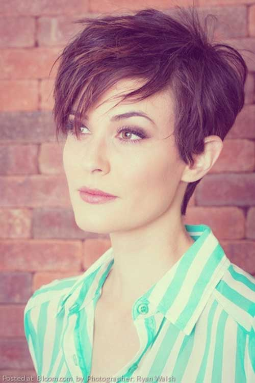 Short Haircuts For Thick Hair 9