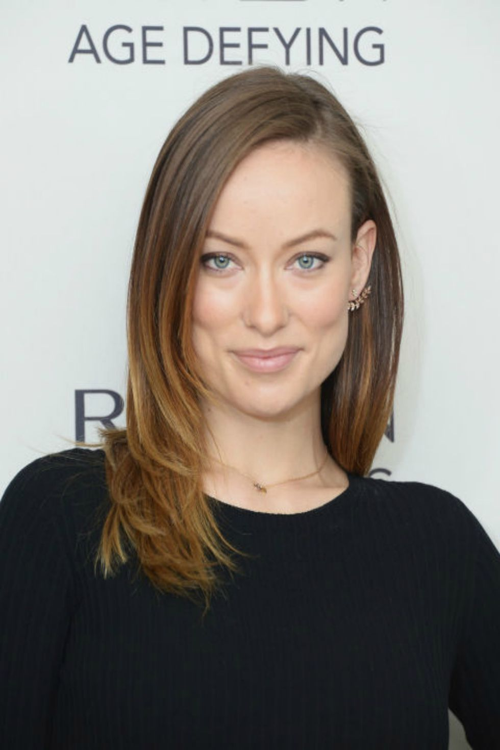 1445877554 548fcf4d9276a Rbk Medium Length Hair Olivia Wilde S2 59070141