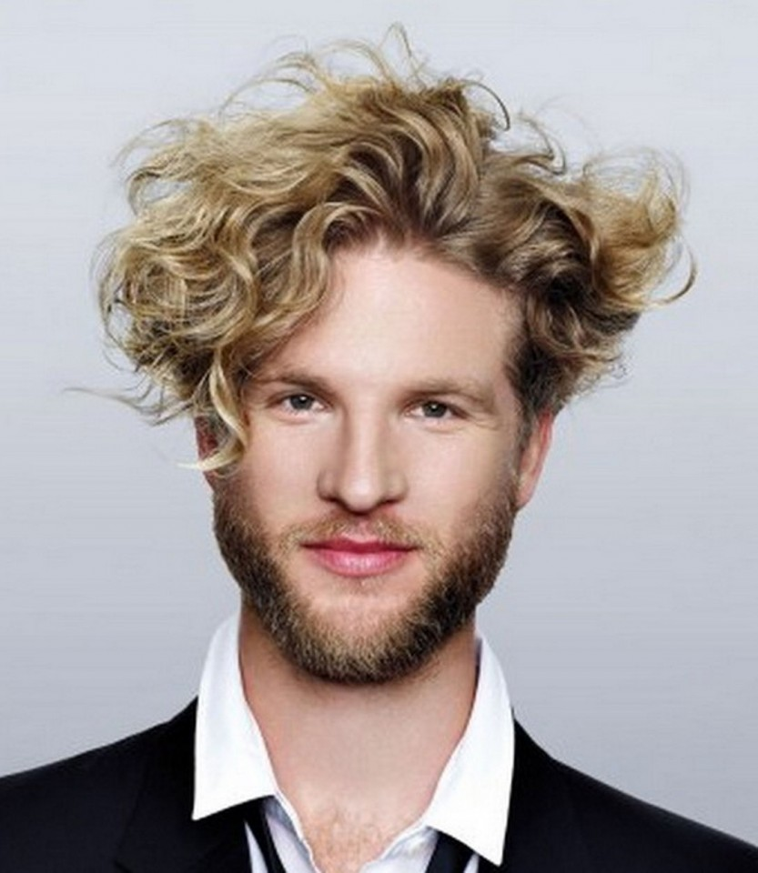 Curly Hairstyles For Men New Hair Trends 833×960